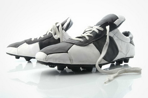 Shoes From Recycled Soccer Balls (2).jpg